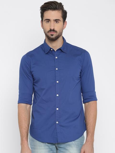 b338b36b407 Flying Machine Men Blue Regular Fit Solid Casual Shirt