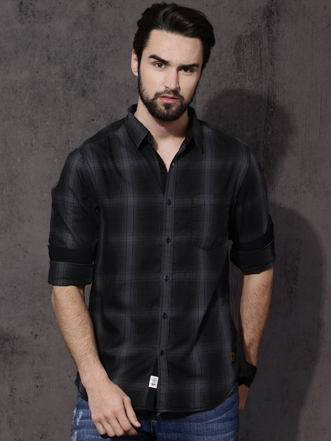Roadster Men Black & Grey Regular Fit Shadow Check Casual Shirt