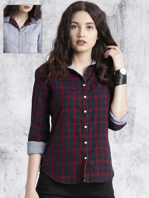 Roadster Navy Blue & Red Regular Fit Checked Reversible Casual Shirt