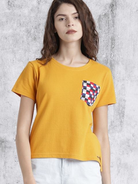 Roadster Women Mustard Yellow Solid Round Neck T-shirt thumbnail