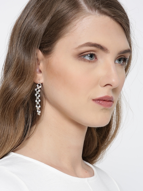 fashionable earings myntra