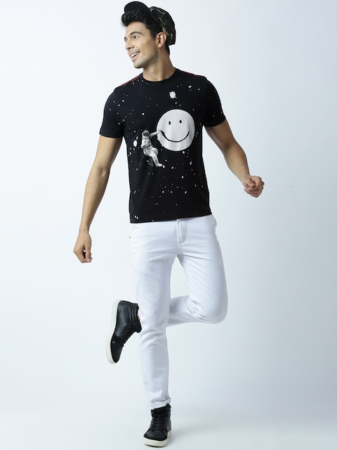 Huetrap Men Black Printed Round Neck T-shirt thumbnail