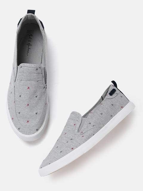 Mast & Harbour Men Grey Printed Slip-On Sneakers