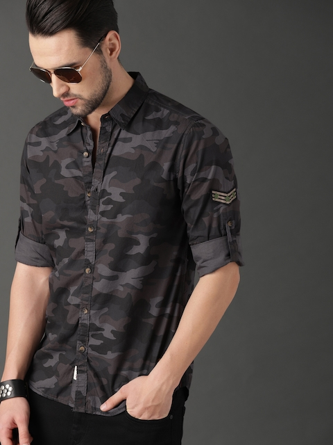 Roadster Men Grey & Olive Green Camouflage Printed Casual Shirt