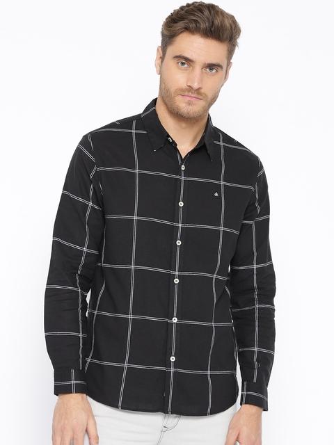 Calvin Klein Jeans Men Black & White Slim Fit Checked Casual Shirt
