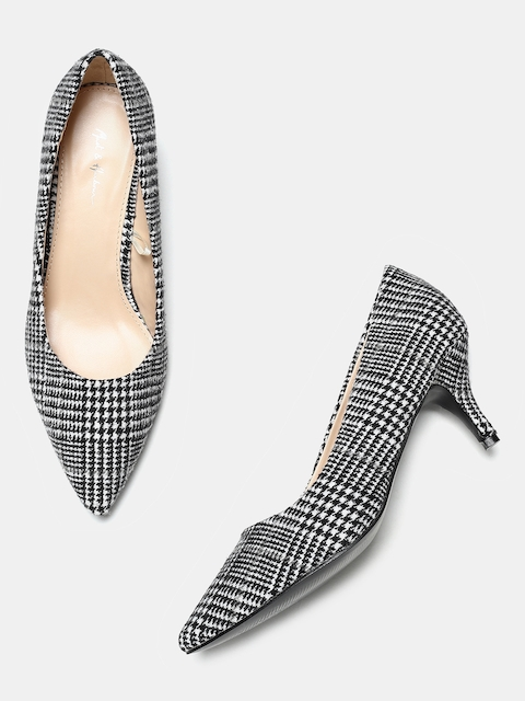 Mast & Harbour Women Black & White Printed Pumps