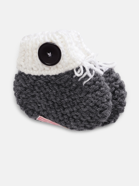 Magic Needles Boys Grey Handmade Knit Crochet Woolen Booties