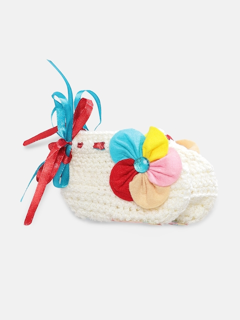 Magic Needles Girls White Handmade Knit Crochet Woolen Booties with Applique Details