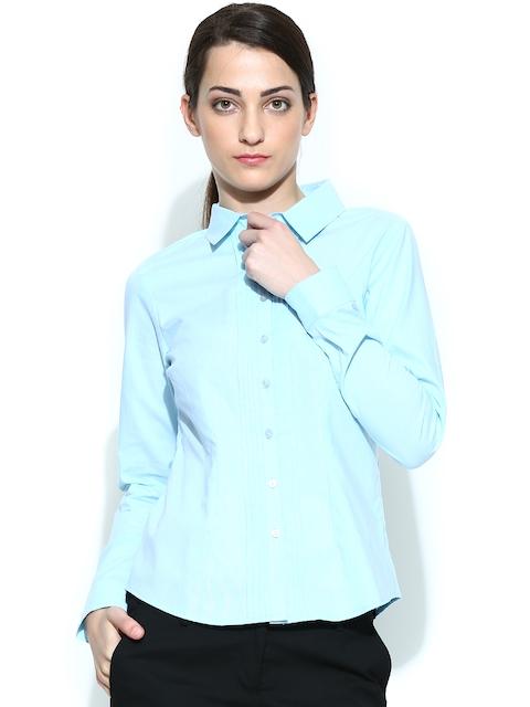 Arrow Woman Blue Shirt