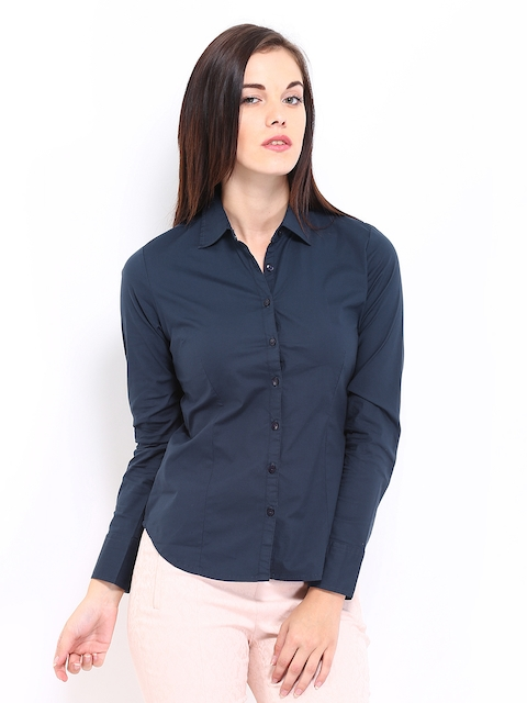 Arrow Woman Navy Slim Fit Casual Shirt
