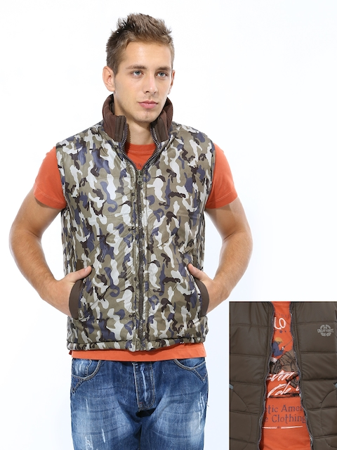 Fort Collins Men Multicoloured Sleeveless Reversible Jacket