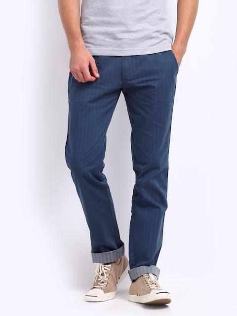 IZOD Men Blue Stunner Slim Fit Casual Trousers