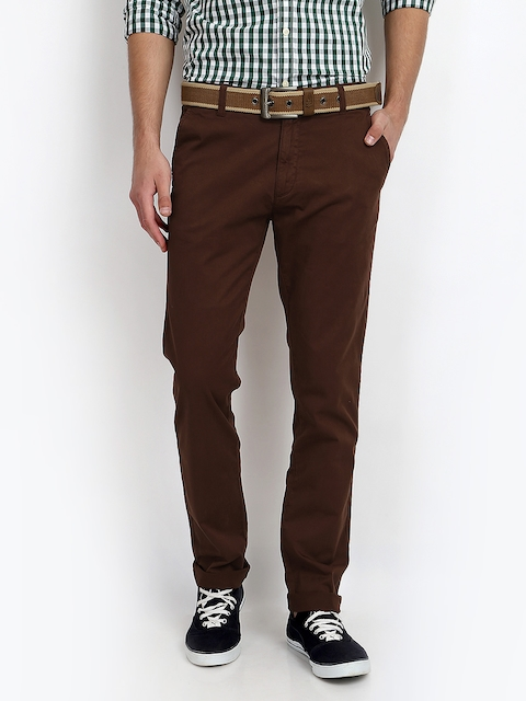 IZOD Men Brown Stunner Slim Fit Chino Trousers