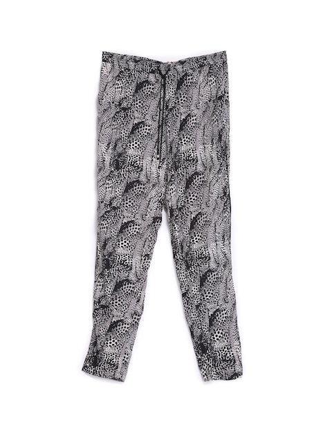 ONLY Women Black & Grey Printed Trousers