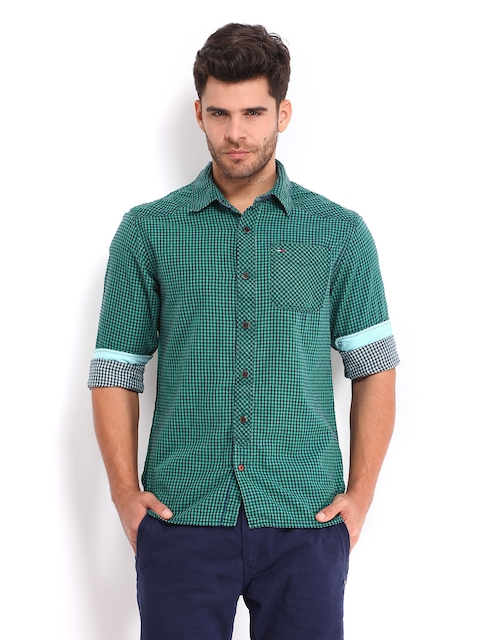 Tommy Hilfiger Men Green & Navy Lakefield Checked Casual Shirt