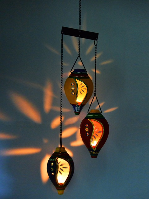 Terracotta Hand-Painted Shell-Shaped Hanging Candle Holder
