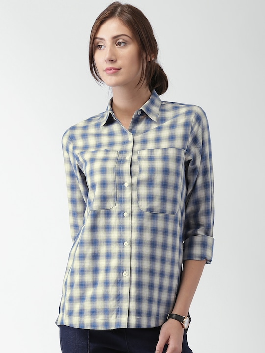 Mast & Harbour Women Blue & Beige Regular Fit Checked Casual Shirt