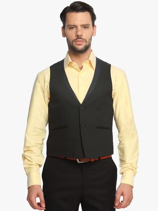Black Solid Slim Fit Waistcoat