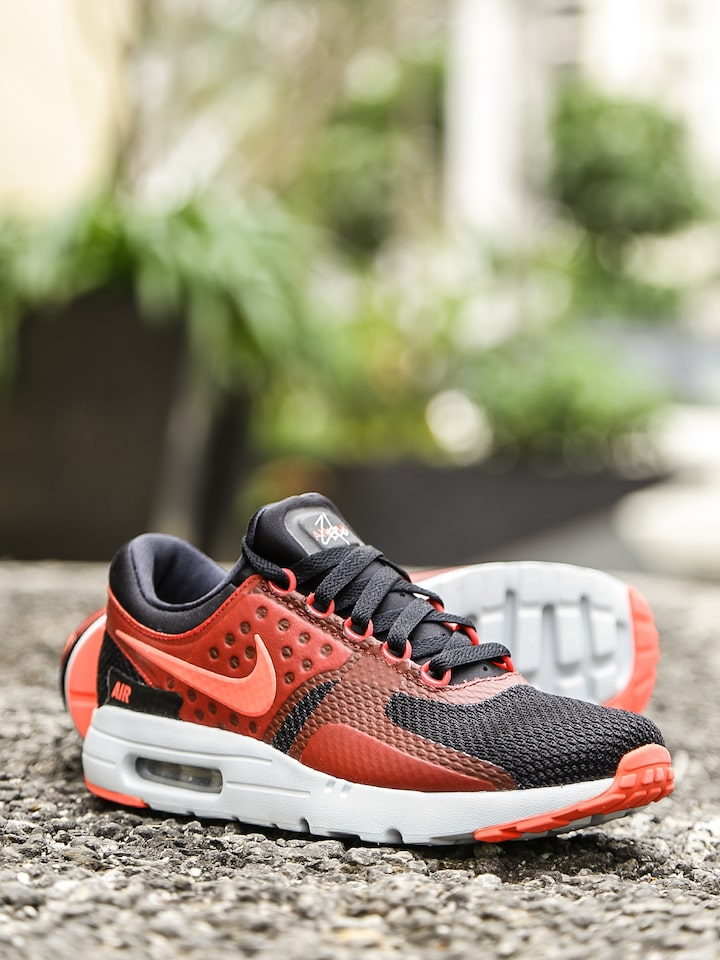best service fcdfd 4ba97 Nike Men Black Air Max Zero Essential Sneakers