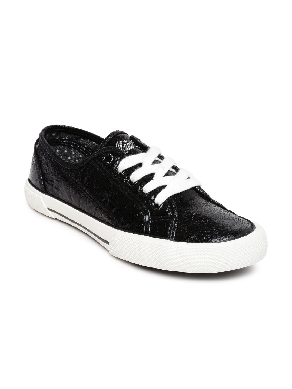 ALCOTT Women Black Scarpa Laccata Textured Sneakers image