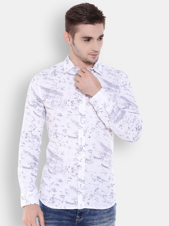 Jack & Jones Men Off-White Slim Fit Printed Casual Shirt image