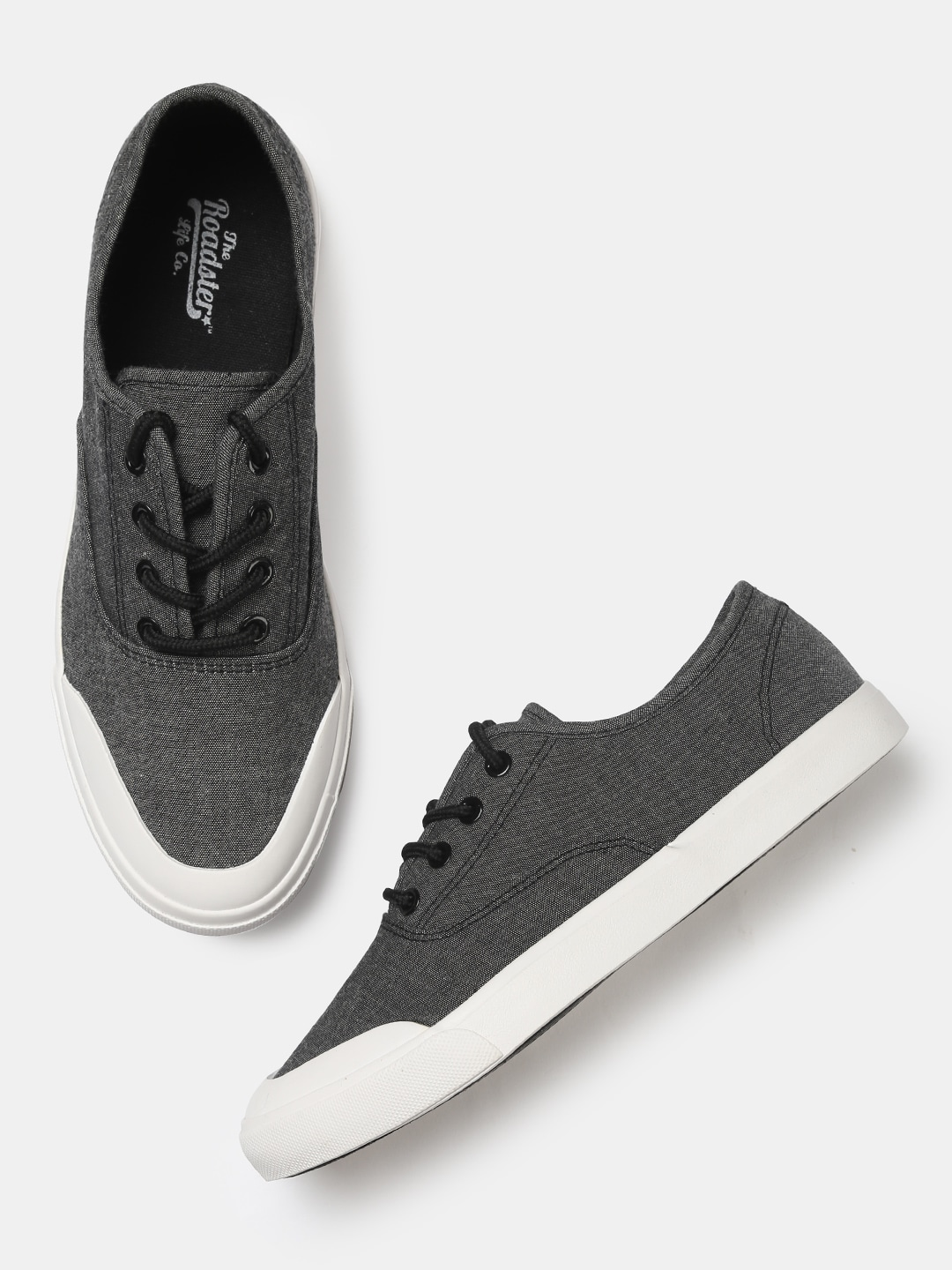 Roadster Men Grey Sneakers image