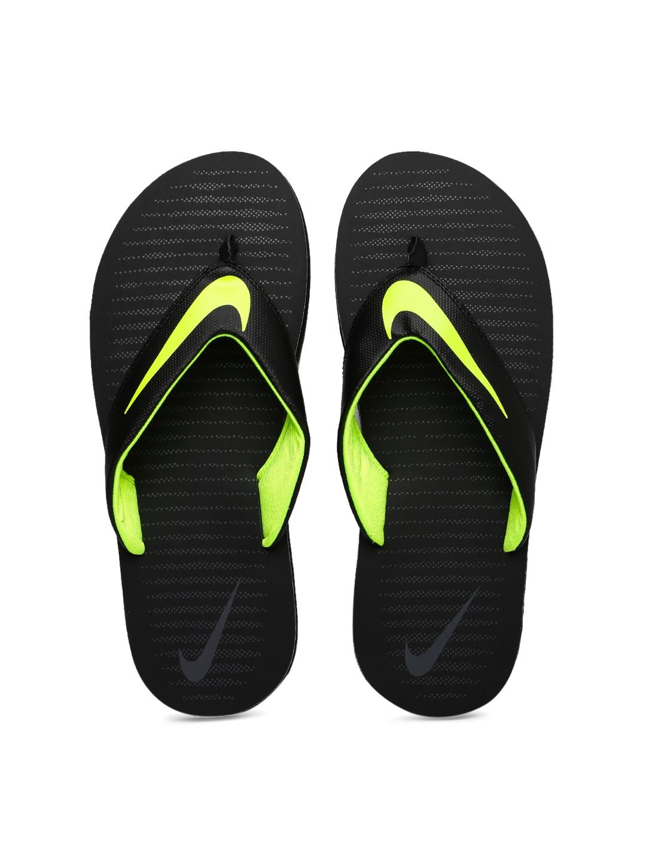 Nike Men Black CHROMA THONG 5 Printed Flip-Flops image