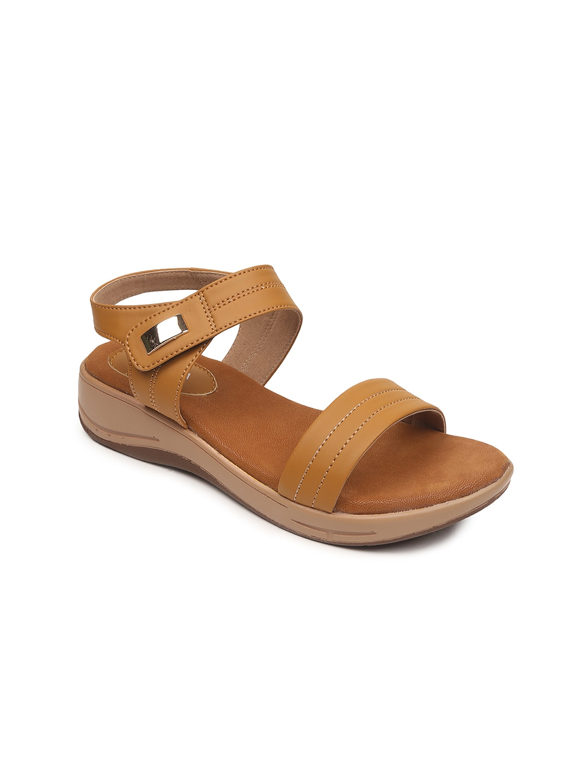 VALIOSAA Women Brown Sandals image