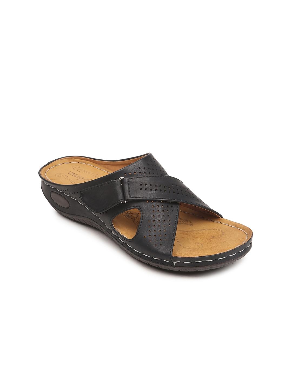 VALIOSAA Women Black Solid Heels image