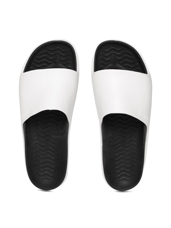 native shoes Unisex White & Black Flip-Flops image