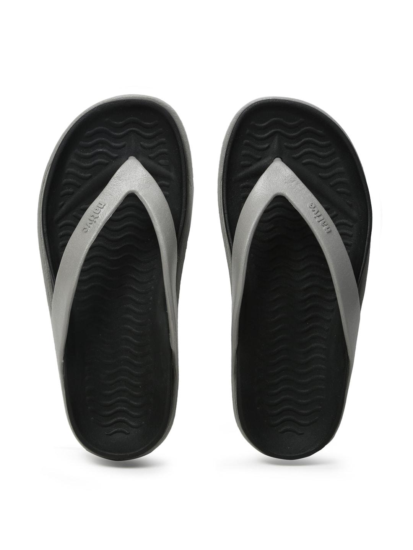native shoes Unisex Grey & Black Yetes Flip-Flops image