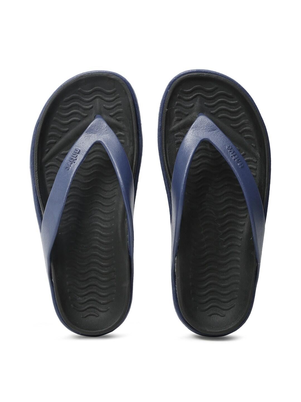native shoes Unisex Navy Blue & Black Yetes Flip-Flops image