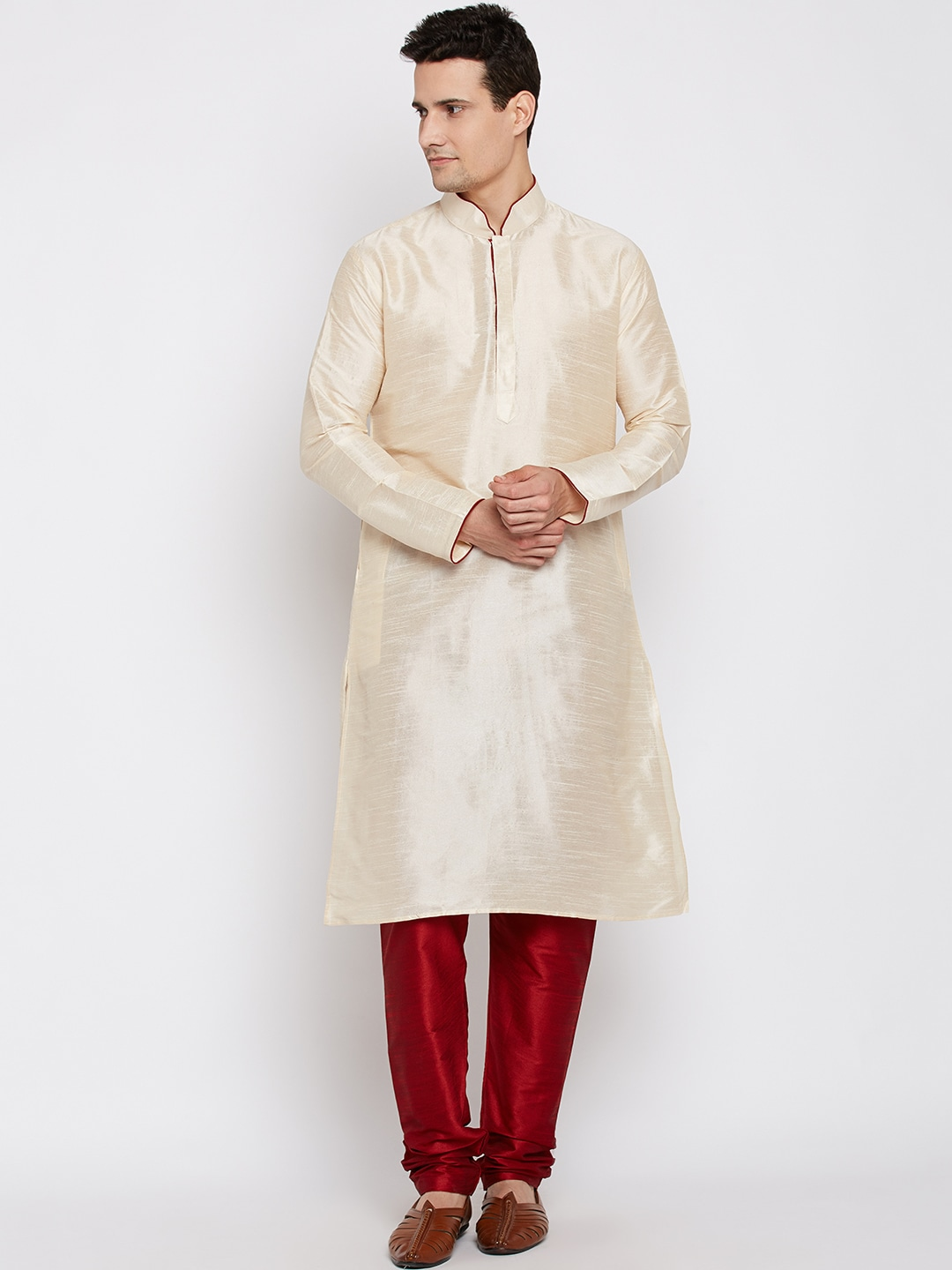 RG DESIGNERS Men Cream-Coloured & Maroon Solid Kurta with Pyjamas image