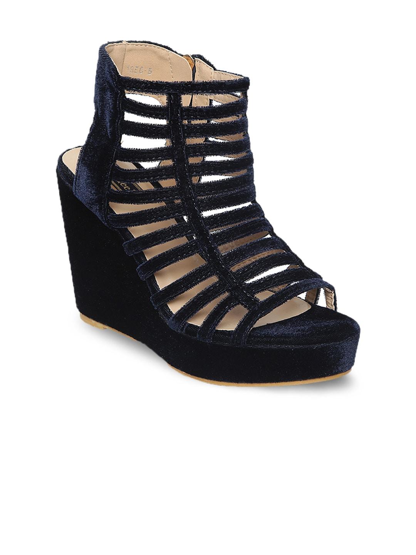 Flat n Heels Women Blue Solid Gladiators image