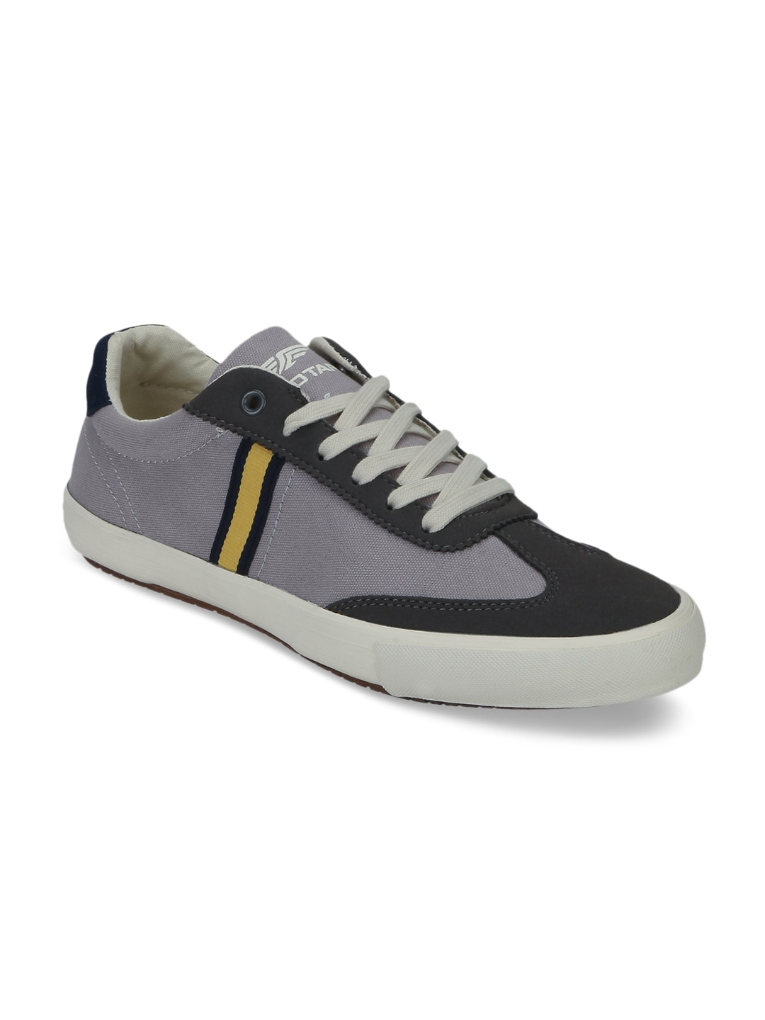 Red Tape Men Grey Sneakers image