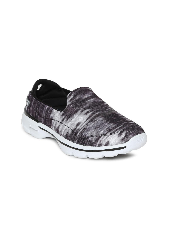 Skechers Women Black GO WALK 3 - SWELL Walking Shoes image