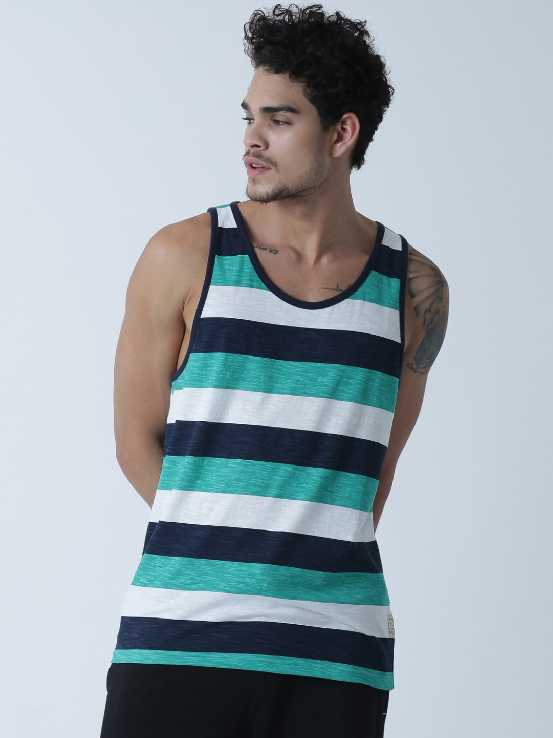 Masculino Latino White Striped T-shirt MLF4033-A image