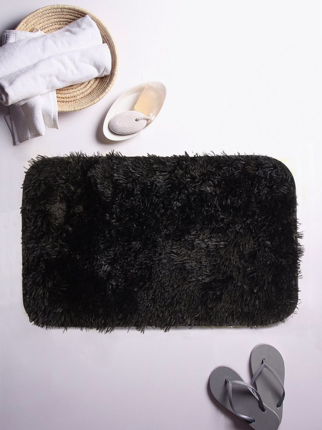 Cortina Black Patterned Rectangular Printed Bath Rug image