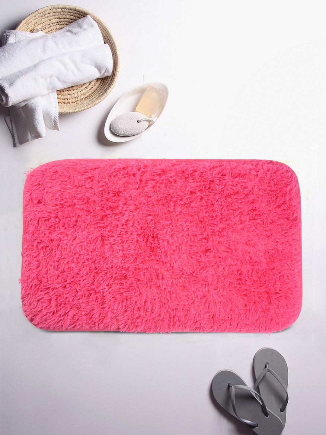 Cortina Pink Ruffled Rectangular Bath Rug image