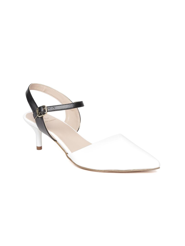Carlton London Women White Solid Sandals image