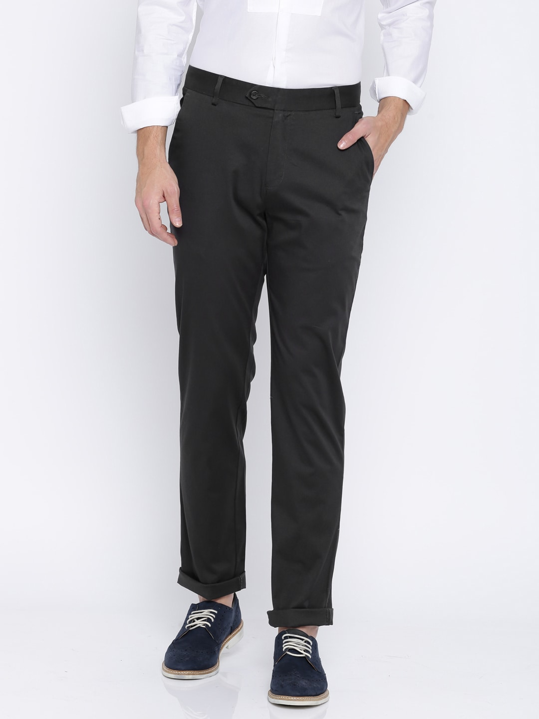 Peter England Men Charcoal Grey Slim Fit Solid Chinos image