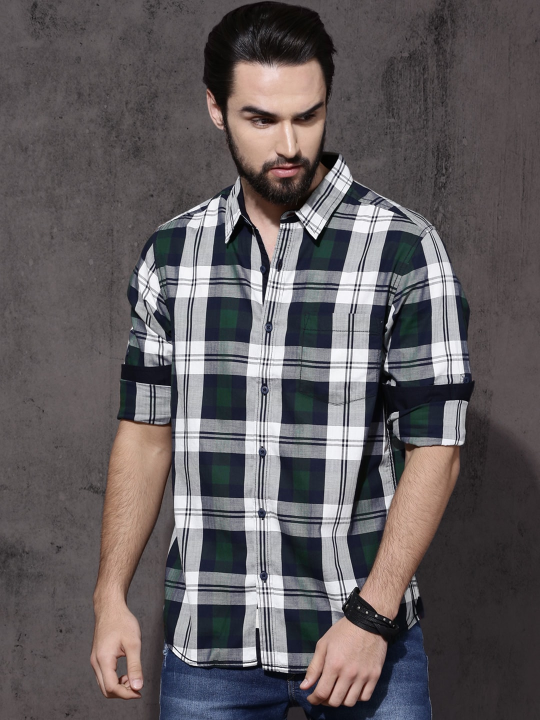 Buy Roadster Navy Blue & Off-White Regular Fit Checked Men's Casual Shirt At Best Price