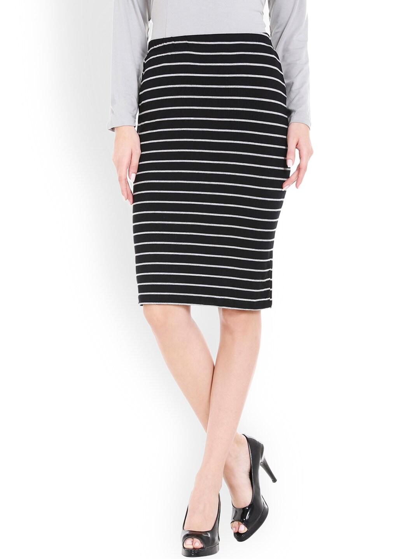 Globus Black Striped Pencil Skirt image