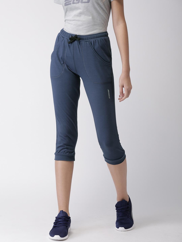 2GO Women Blue Solid Slim Fit  Essential Sports Capris image