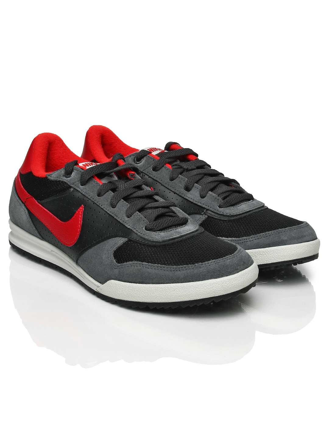buy popular 0f946 c6309 Nike 443918-062 Men Grey Field Trainer Sports Shoes- Price in India