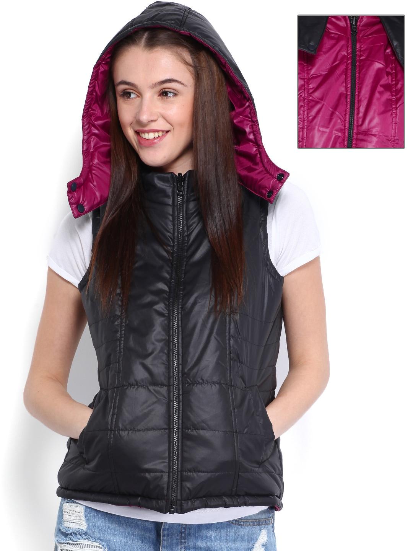 d072566e14cc Buy Hummel Women Black Classic Bee Light Sleeveless Puffer Jacket ...