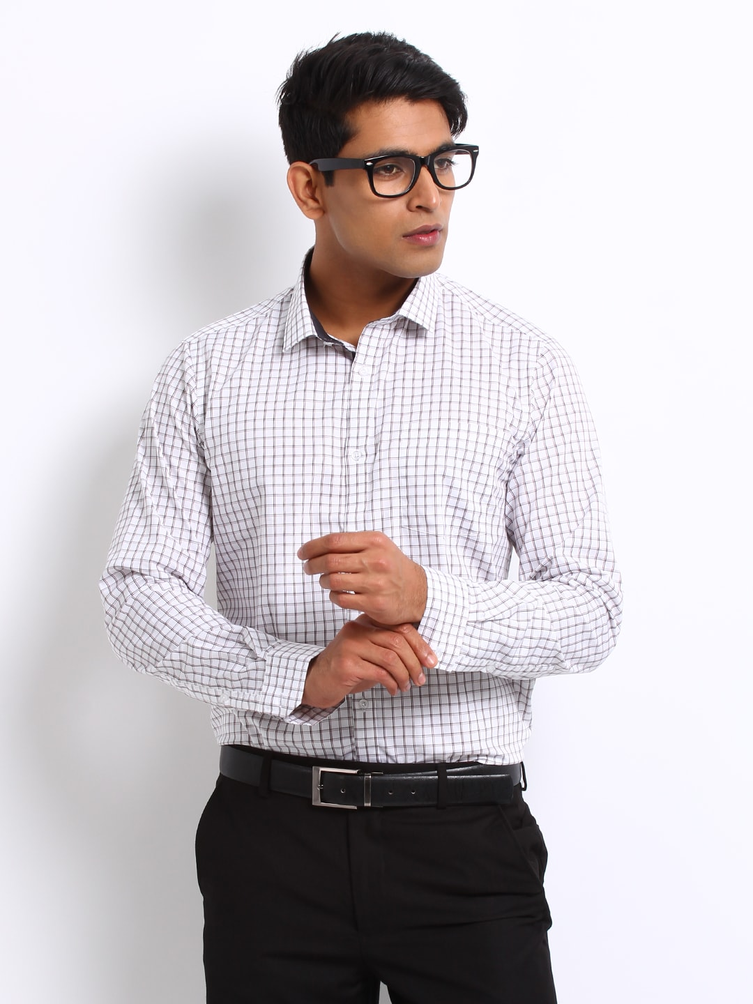 72b494ea2d02 Arrow asmy3135 New York Men White And Black Checked Slim Fit Formal Shirt-  Price in India