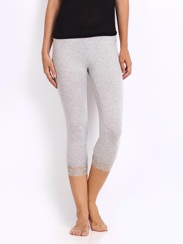 4504a727e20696 Hanes wpf51-003 Women Grey Melange Cotton Stretch Capri Leggings- Price in  India