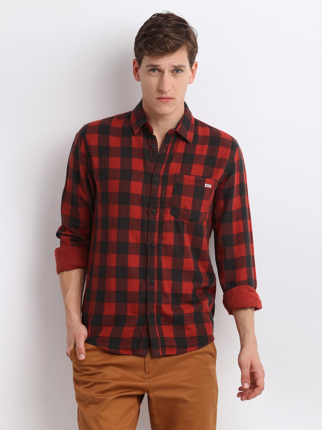 998b707b28 Jack and jones 1539920009 Men Red And Black Checked Slim Fit Casual Shirt-  Price in India
