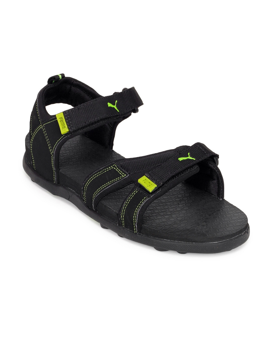 Black sandals myntra
